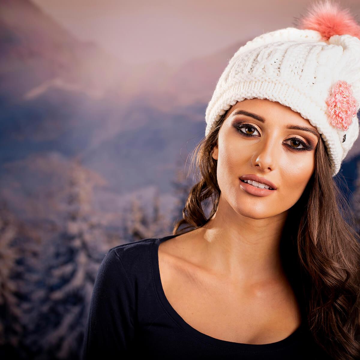 Фотография за онлайн магазин Bonhats.com